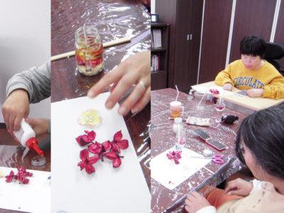 12月の美会は、ジェルキャンドル作りをしました。